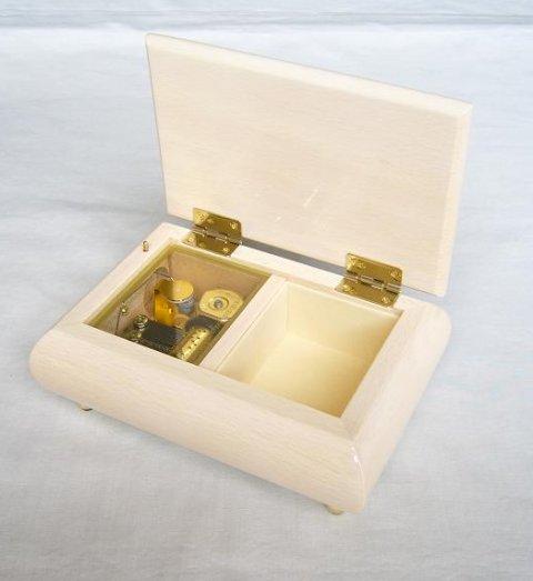 18弁天使の宝石箱(M)アイボリー